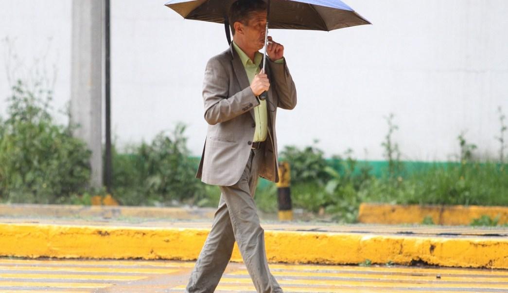 Pronostican lluvias y granizo este domingo en la CDMX