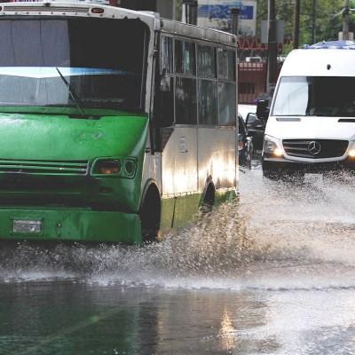 Galería: Fuertes lluvias en CDMX provocan inundaciones y paralizan líneas del metro