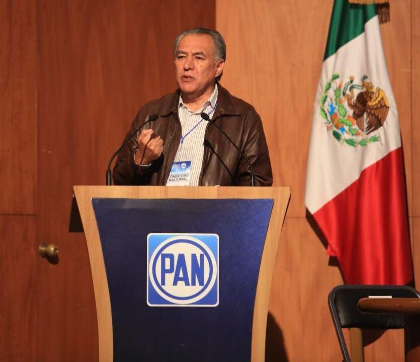 Ernesto Cordero acreditó que sus intereses dejaron de estar en el PAN