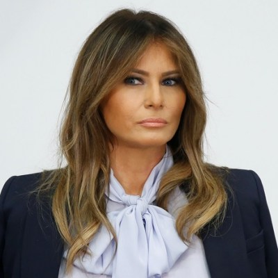 Melania Trump retoma campaña contra cyberbullying; denuncia daño en redes sociales