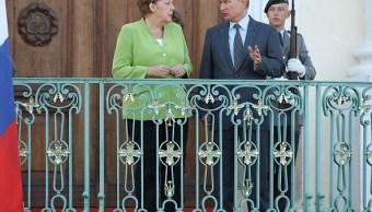 Merkel y Putin hablan de Siria y Ucrania durante encuentro