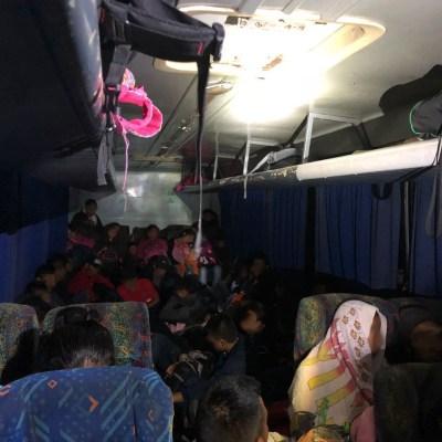 58 migrantes centroamericanos intentan llegar a EU, pero son interceptados en Tabasco