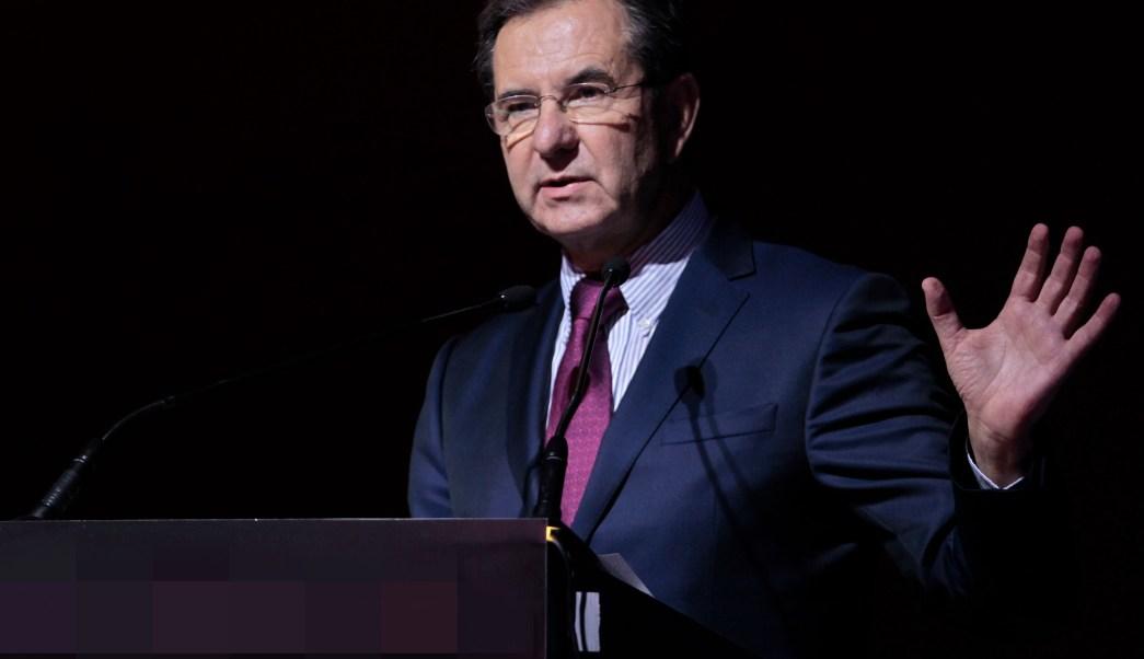 Esteban Moctezuma anuncia acuerdo nacional sobre educación
