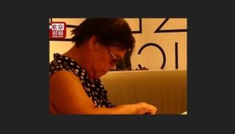 Embarazada china de 67 años rechaza abortar a sus gemelos