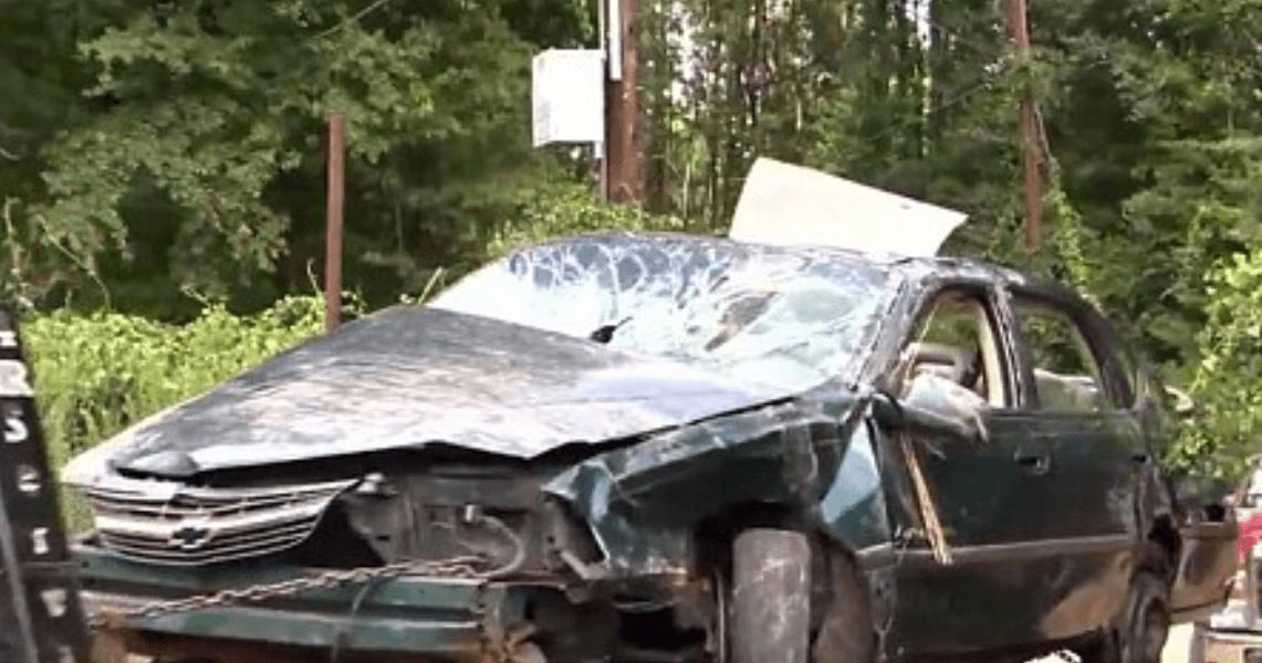 Dos bebés sobrevivieron a la muerte de su mamá tras un accidente