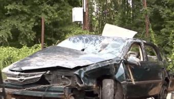Niños héroes sobreviven solos 2 días tras accidente de auto