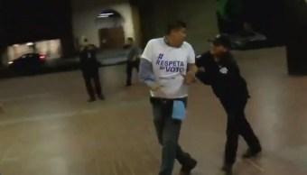 Detienen a siete personas durante plantón panista, en Monterrey, NL