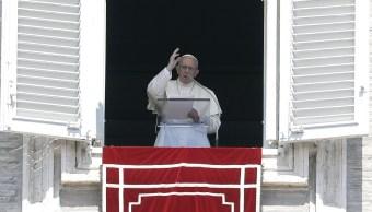 Papa pide ayuda para damnificados por inundaciones en India