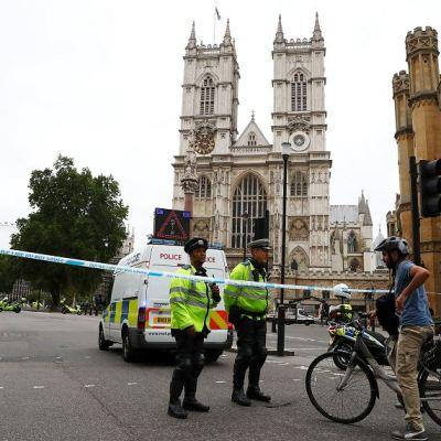 Atropello en Parlamento británico es incidente terrorista: Policía