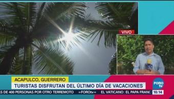 Turistas Disfrutan Acapulco Último Fin Semana Vacaciones