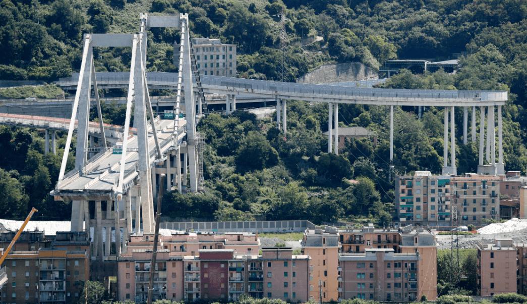 Temen entre 10 y 20 desaparecidos tras derrumbe en Génova