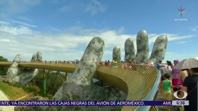 Puente de Oro sorprende a turistas en Vietnam