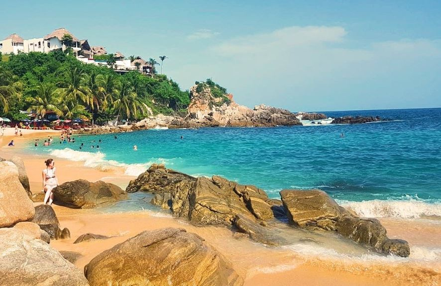 Turistas disfrutan ltimos d as de vacaciones en playas de oaxaca - Viajes a puerto escondido ...