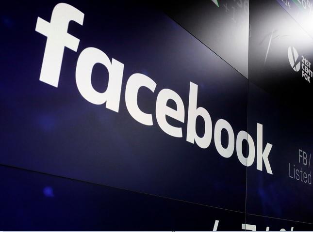 Facebook contacta bancos colaborar app Messenger