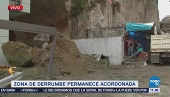 Retiran escombros de derrumbe en Bosques de las Lomas