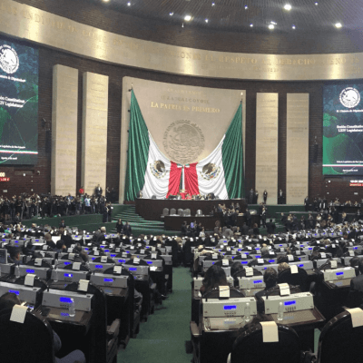 Inicia nueva Legislatura, toman protesta senadores y diputados