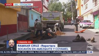 Socavón afecta calles del Pedregal de Santo Domingo, Coyoacán