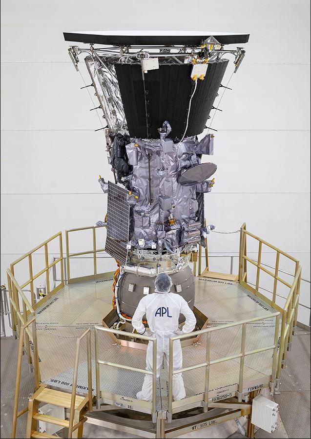 Nave espacia NASA se acercará al Sol con escudo térmico