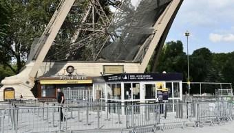 Empleados de Torre Eiffel siguen en huelga