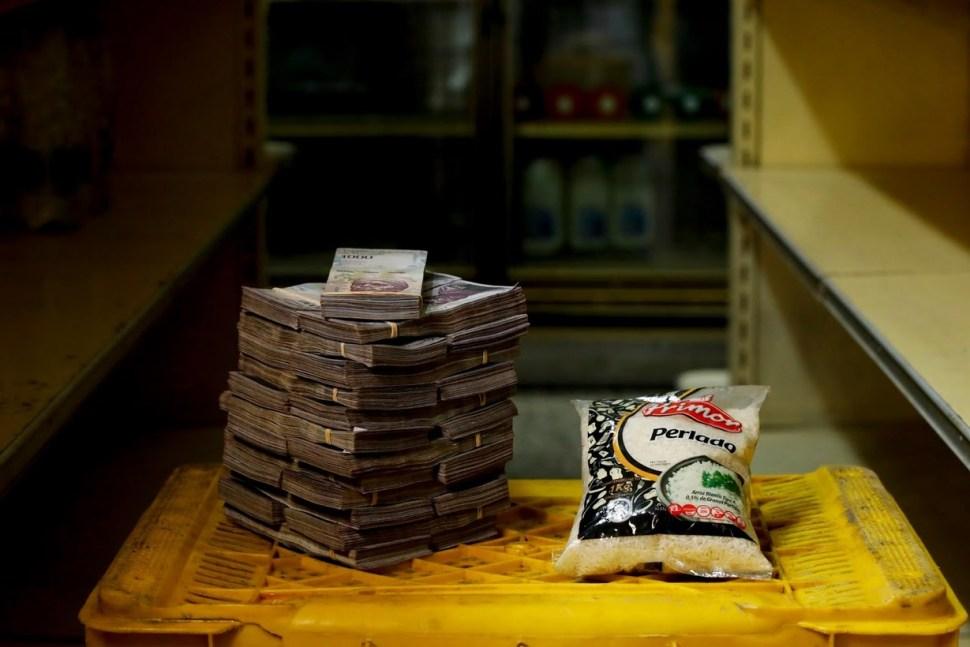 Un kilo de arroz o de pasta tiene un costo de dos millones y medio de bolívares, equivalente a casi 200 pesos