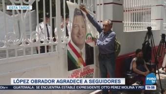 López Obrador Recibido Simpatizantes Oficina Transición