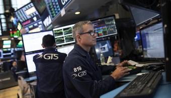 Wall Street cierra con ganancias por fin de guerra comercial