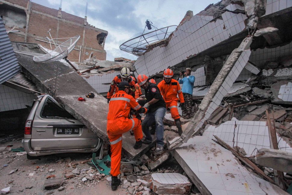 terremoto-y-tsunami indonesia solicita-ayuda-internacional