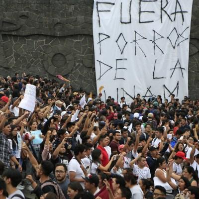 ¿Qué es un porro? Breve historia de los grupos de choque en México