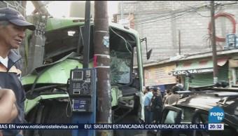 Autobús Choca Contra Varios Vehículos En La Gustavo A Madero