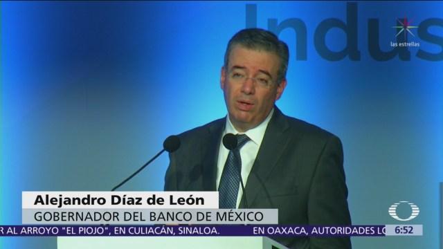 Banxico: Aumento precio combustibles presionó inflación