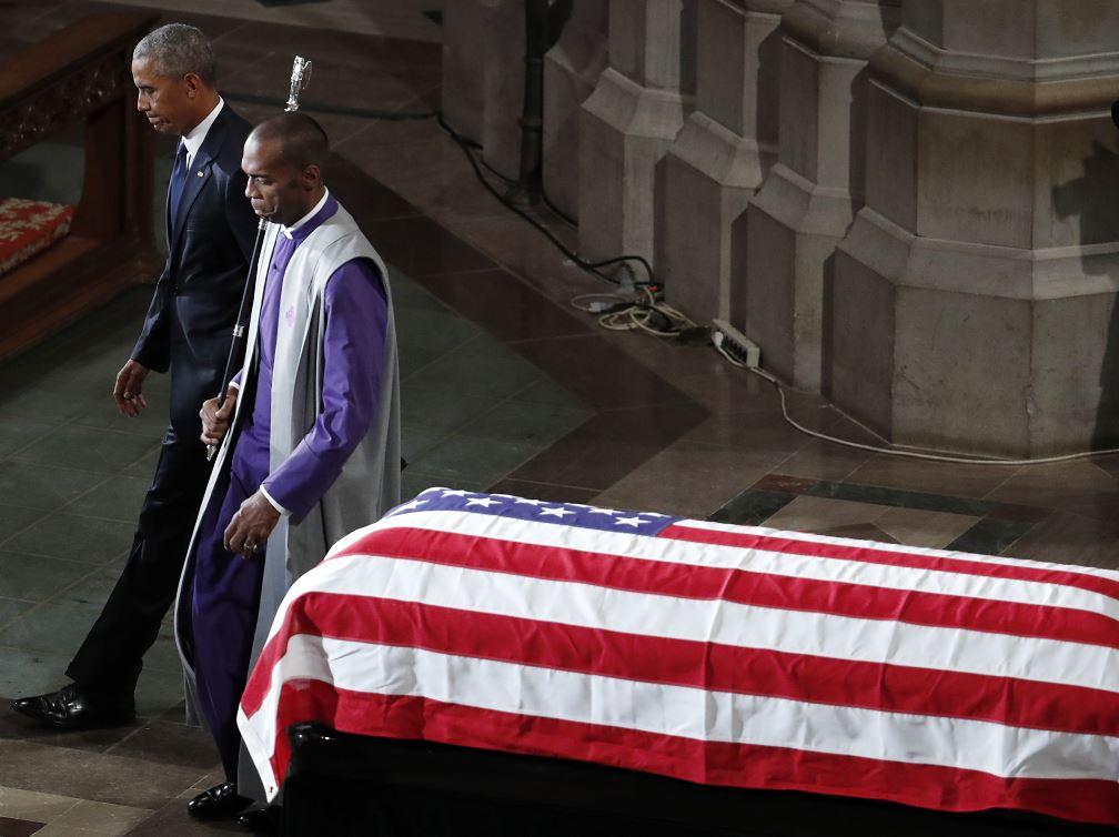 Obama: Pese a desacuerdos, McCain y yo hacíamos equipo