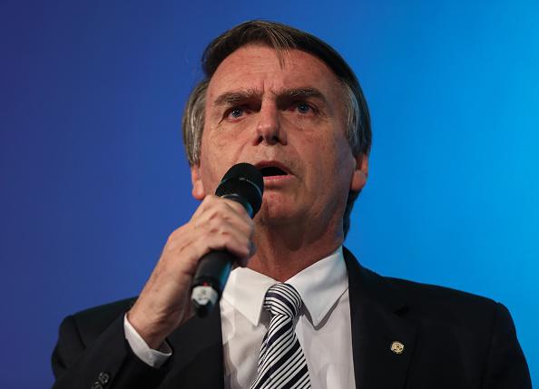 Ordenan a Twitter entregar información de ataque a Bolsonaro