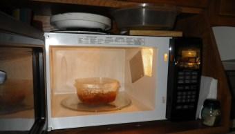 Calentar la comida en tuppers puede provocar obesidad