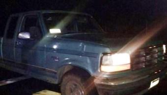 Uruapan: Localiza cinco muertos en una camioneta