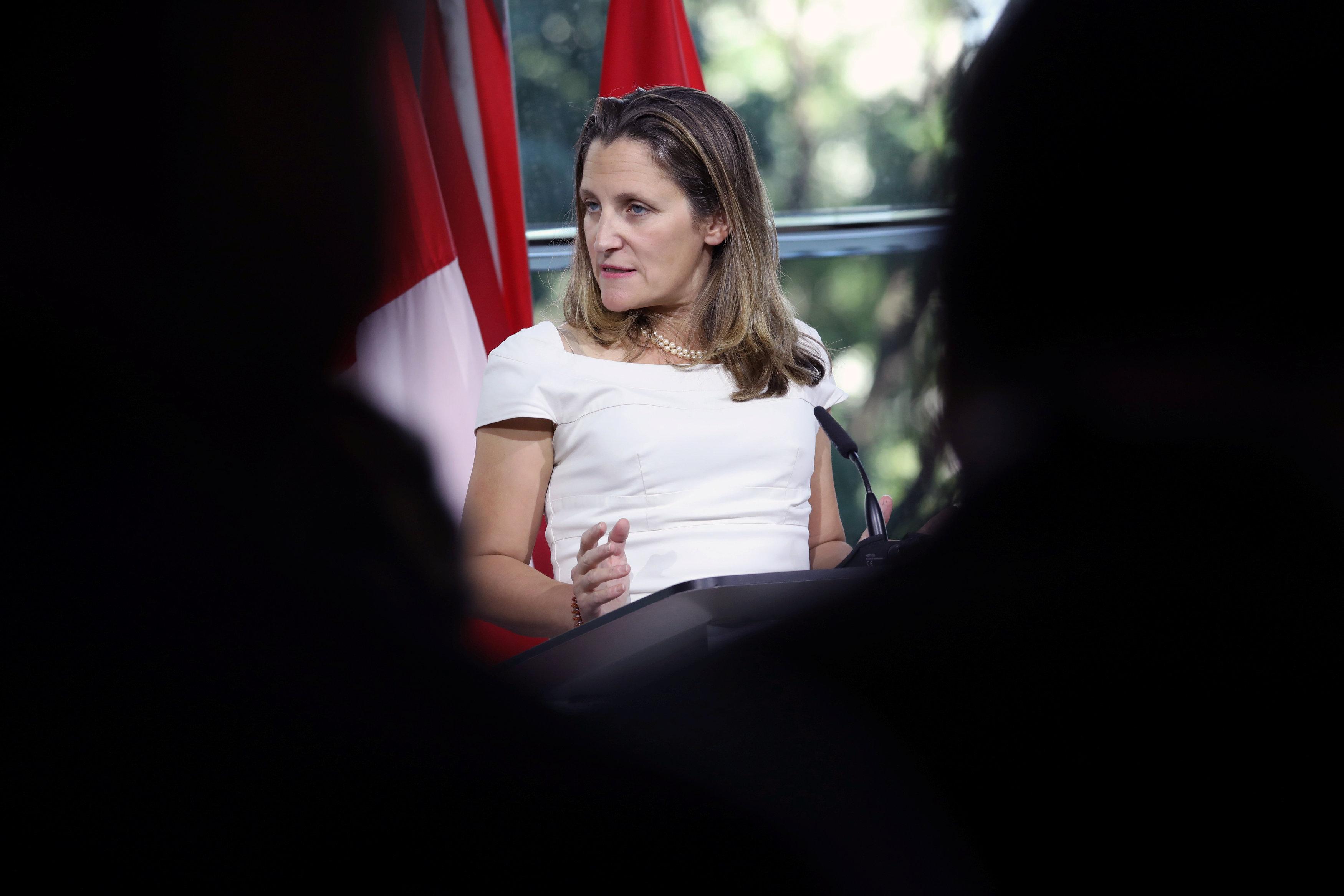 Retoman conversaciones Canadá y EU sobre TLCAN