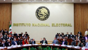 INE avala dictamen de pérdida de registro del PES y el PANAL