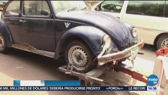 Corriente de agua arrastra autos en San Luis Potosí