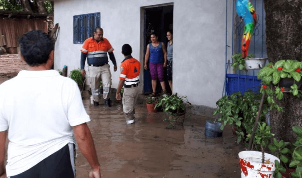Lluvias provocan desbordamiento del río Cocula, en Guerrero