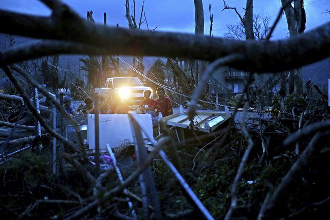 Revelan muerte de puertorriqueños tras huracán María