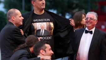 Director italiano presume camisa Weinstein es inocente