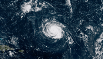 Huracán Florence se fortalece; podría alcanzar categoría 4