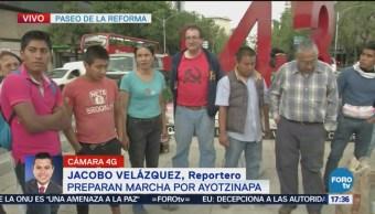 Familiares Normalistas Desaparecidos Preparan Marcha CDMX