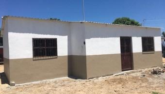 Familias en Tonalá, Chiapas, reconstruyen viviendas tras sismo