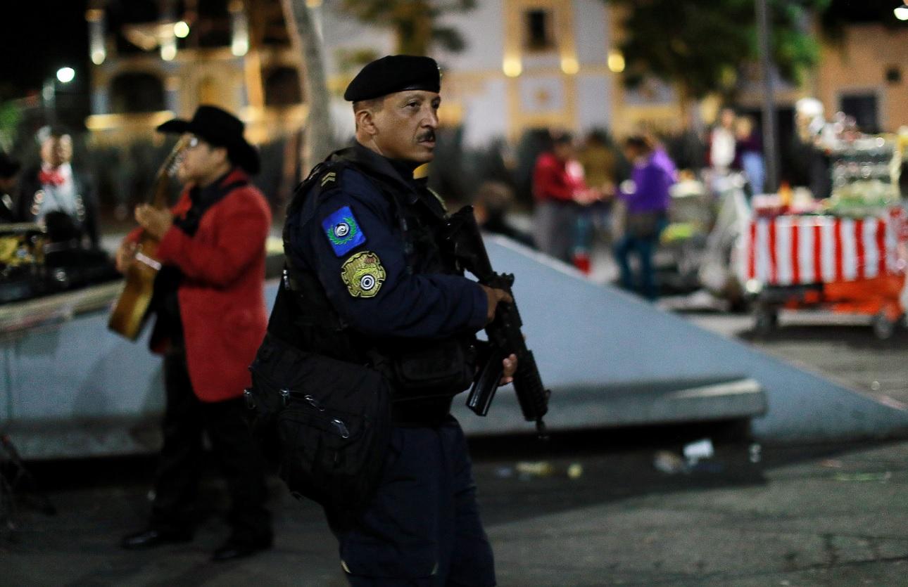 Se registra balacera en la plaza Garibaldi