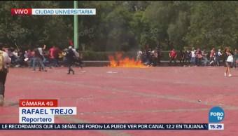 Grupo Rompe Manifestación Rectoría Estudiantes Cch Azcapotzalco Fueron Agredidos Edificio De Rectoría