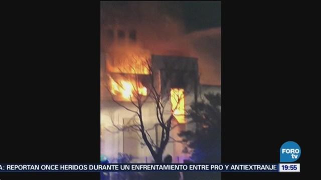 Incendio consume el emblemático edificio Littlewoods Pools en Liverpool