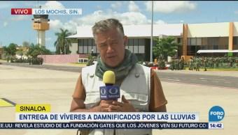 Entregan víveres a damnificados en Sinaloa en Los Mochis