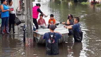 En Morelia, lluvias fuertes inundan varias colonias