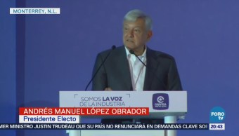 López Obrador dialoga con empresarios en Monterrey