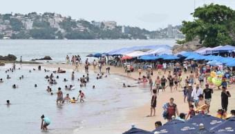 Mar de fondo Acapulco, persistirá durante fiestas patrias